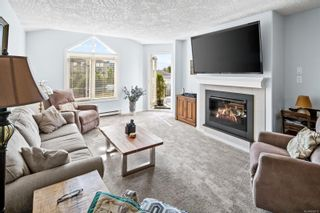 Photo 3: 302 2349 James White Blvd in : Si Sidney North-East Condo for sale (Sidney)  : MLS®# 882015