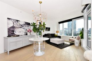 """Photo 2: 710 68 SMITHE Street in Vancouver: Downtown VW Condo for sale in """"ONE PACIFIC"""" (Vancouver West)  : MLS®# R2403870"""