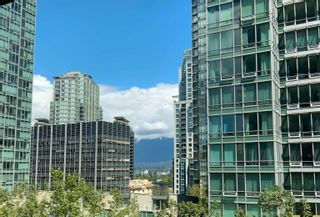 """Photo 11: 405 1200 ALBERNI Street in Vancouver: West End VW Condo for sale in """"Palisades"""" (Vancouver West)  : MLS®# R2612011"""