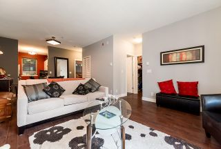 """Photo 6: 3262 E 54TH Avenue in Vancouver: Champlain Heights Townhouse for sale in """"BRITTANY AT CHAMPLAIN"""" (Vancouver East)  : MLS®# R2408336"""