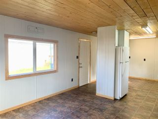 "Photo 9: 55 95 LAIDLAW Road in Smithers: Smithers - Rural Manufactured Home for sale in ""MOUNTAINVIEW MOBILE HOME PARK"" (Smithers And Area (Zone 54))  : MLS®# R2411956"