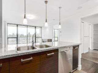"""Photo 9: 706 2959 GLEN Drive in Coquitlam: North Coquitlam Condo for sale in """"THE PARC"""" : MLS®# R2156531"""