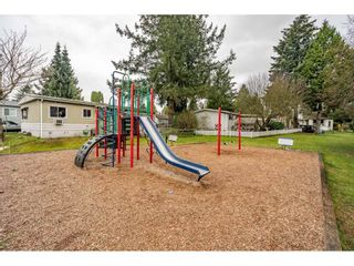 """Photo 31: 186 7790 KING GEORGE Boulevard in Surrey: East Newton Manufactured Home for sale in """"Crispen Bays"""" : MLS®# R2560382"""