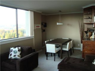 """Photo 3: 1604 3970 CARRIGAN Court in Burnaby: Government Road Condo for sale in """"DISCOVERY II"""" (Burnaby North)  : MLS®# V919494"""