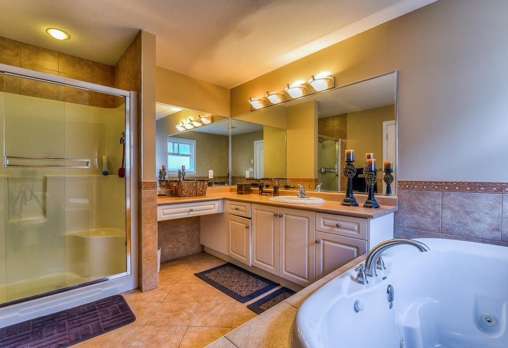 Photo 16: Photos: 15927 89A Avenue in Surrey: Fleetwood Tynehead House for sale : MLS®# R2228908