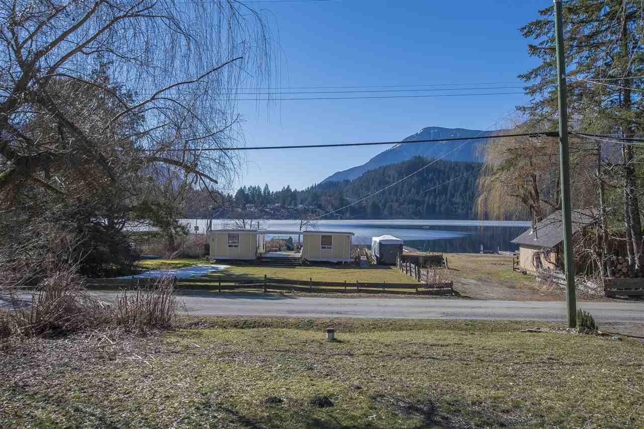 Main Photo: 66546 KAWKAWA LAKE Road in Hope: Hope Kawkawa Lake House for sale : MLS®# R2350534
