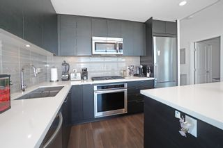 Photo 7: 3702 4880 BENNETT STREET in Burnaby: Metrotown Condo for sale (Burnaby South)  : MLS®# R2612075