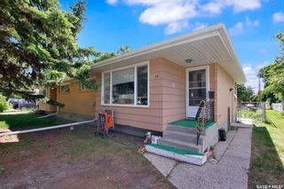 Main Photo: A & B 2 Kerr Place in Regina: Douglas Place Residential for sale : MLS®# SK860785