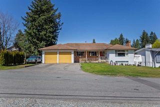 Photo 1: 33237 RAVINE Avenue in Abbotsford: Central Abbotsford House for sale : MLS®# R2568208