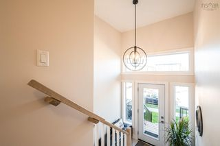 Photo 2: 98 Tilbury Avenue in West Bedford: 20-Bedford Residential for sale (Halifax-Dartmouth)  : MLS®# 202124739