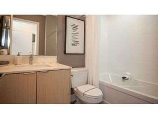 Photo 4: 303 6438 195A STREET in Surrey: Clayton Condo for sale (Cloverdale)  : MLS®# R2281935