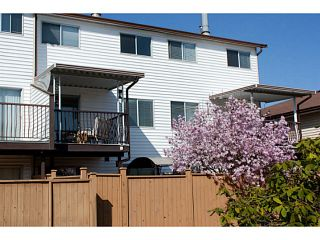 """Photo 14: 86 27272 32ND Avenue in Langley: Aldergrove Langley Townhouse for sale in """"TWIN FIRS"""" : MLS®# F1409011"""