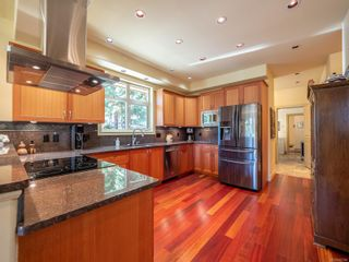 Photo 5: 9912 Spalding Rd in : GI Pender Island House for sale (Gulf Islands)  : MLS®# 887396