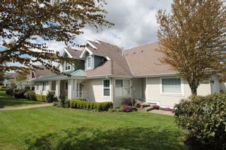 "Photo 1: 5 16995 64 Avenue in Surrey: Cloverdale BC Townhouse for sale in ""Lexington"" (Cloverdale)  : MLS®# R2159340"