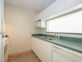 """Photo 8: 1802 5189 GASTON Street in Vancouver: Collingwood VE Condo for sale in """"THE MACGREGOR"""" (Vancouver East)  : MLS®# R2369458"""