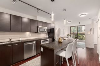 """Photo 3: 407 538 SMITHE Street in Vancouver: Downtown VW Condo for sale in """"The Mode"""" (Vancouver West)  : MLS®# R2610954"""