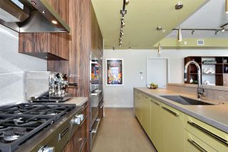 """Photo 7: 2804 1211 MELVILLE Street in Vancouver: Coal Harbour Condo for sale in """"The Ritz"""" (Vancouver West)  : MLS®# R2247457"""