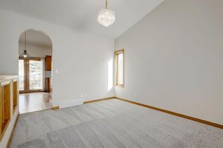 Photo 9: 24 SIGNATURE Way SW in Calgary: Signal Hill Detached for sale : MLS®# C4302567