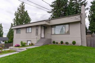 Photo 2: 2104 CARMEN Place in Port Coquitlam: Mary Hill House for sale : MLS®# R2615251