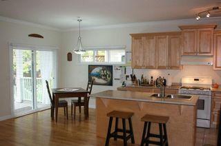 Photo 7: 15487 Goggs Avenue in La Villettina: Home for sale : MLS®# F1023920