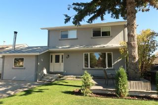 Photo 1: 28 Forest Green SE in Calgary: Forest Heights Detached for sale : MLS®# A1065576