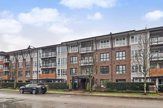 "Photo 1: 201 23215 BILLY BROWN Road in Langley: Fort Langley Condo for sale in ""WATERFRONT AT BEDFORD LANDING"" : MLS®# R2429989"