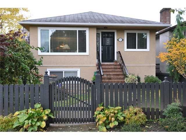 Main Photo: 5112 PRINCE EDWARD Street in Vancouver: Fraser VE House for sale (Vancouver East)  : MLS®# V857046