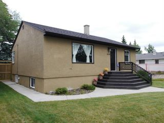 Main Photo: 2634 30 Street SW in Calgary: Killarney/Glengarry Detached for sale : MLS®# A1092450