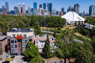 Photo 4: 106 23 Avenue SW in Calgary: Mission Row/Townhouse for sale : MLS®# A1123407