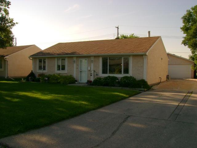 Main Photo: 45 Bourkewood Place in WINNIPEG: St James Residential for sale (West Winnipeg)  : MLS®# 1112800