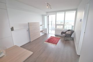 """Photo 9: 3001 908 QUAYSIDE Drive in New Westminster: Quay Condo for sale in """"Riversky 1"""" : MLS®# R2398687"""