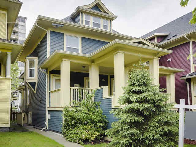 Main Photo: 1556 COMOX Street in Vancouver: West End VW Townhouse for sale (Vancouver West)  : MLS®# V1118228