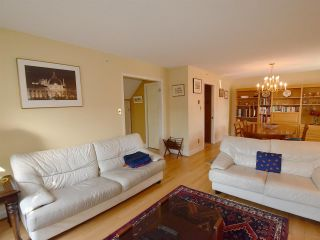 Photo 3: 3203 W 3RD Avenue in Vancouver: Kitsilano 1/2 Duplex for sale (Vancouver West)  : MLS®# R2053036