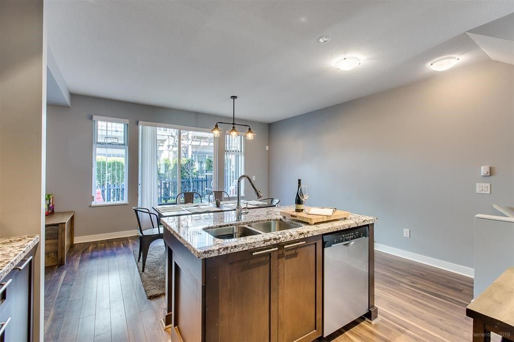 """Photo 9: Photos: 108 1460 SOUTHVIEW Street in Coquitlam: Burke Mountain Townhouse for sale in """"CEDAR CREEK"""" : MLS®# R2539546"""