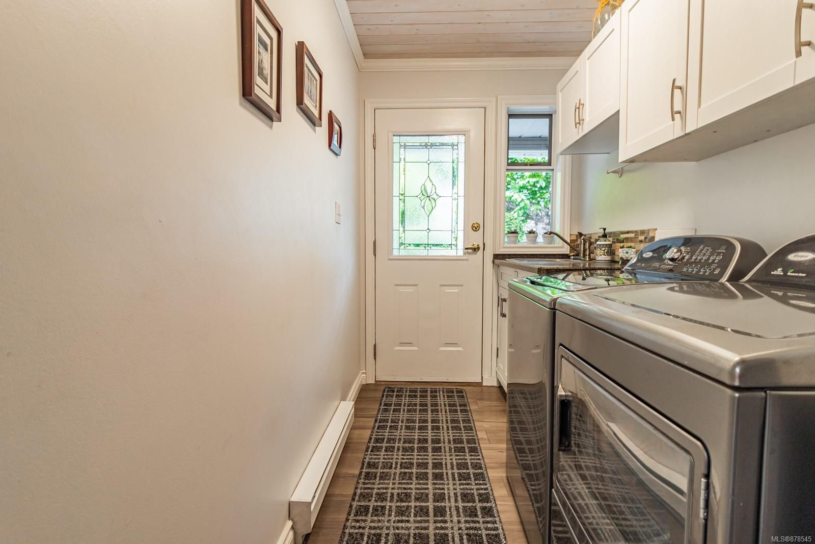 Photo 25: Photos: 1070 Symons Cres in : PQ Qualicum Beach House for sale (Parksville/Qualicum)  : MLS®# 878545