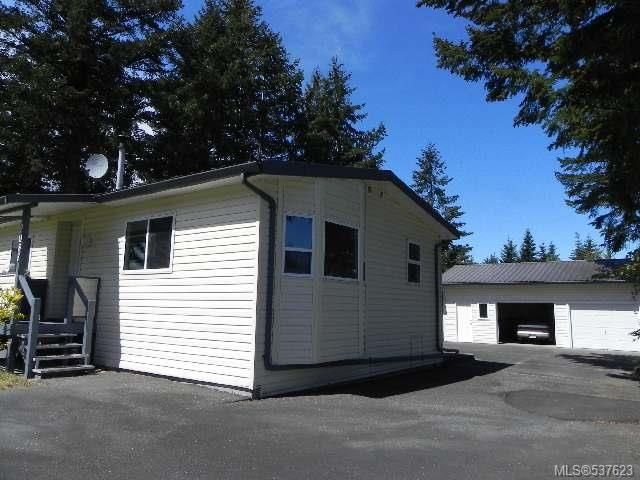 Main Photo: 2088 Austin Rd in COMOX: CV Comox Peninsula Manufactured Home for sale (Comox Valley)  : MLS®# 537623