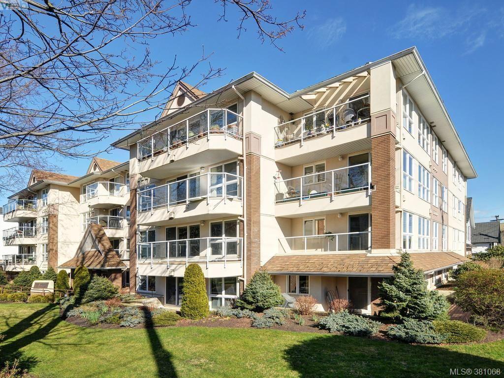 Main Photo: 203 1501 Richmond Ave in VICTORIA: Vi Jubilee Condo for sale (Victoria)  : MLS®# 765592