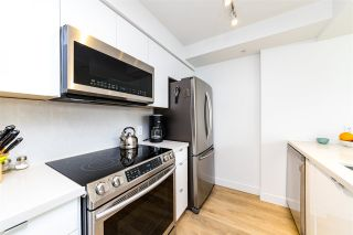"""Photo 16: 403 1288 ALBERNI Street in Vancouver: West End VW Condo for sale in """"THE PALISADES"""" (Vancouver West)  : MLS®# R2529157"""