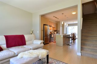 """Photo 5: 151 2228 162 Street in Surrey: Grandview Surrey Townhouse for sale in """"THE BREEZE"""" (South Surrey White Rock)  : MLS®# R2362720"""