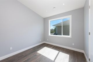 Photo 26: 909 Bank St in : Vi Fairfield East House for sale (Victoria)  : MLS®# 871077