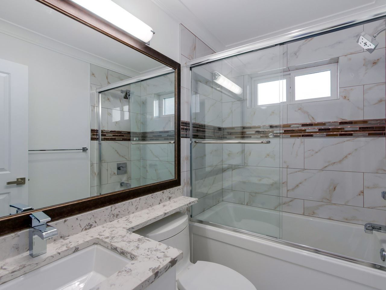 Photo 17: Photos: 1560 MAPLE Street: White Rock House for sale (South Surrey White Rock)  : MLS®# R2138926