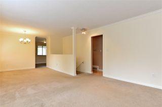 """Photo 4: 6337 SUNDANCE Drive in Surrey: Cloverdale BC House for sale in """"Cloverdale"""" (Cloverdale)  : MLS®# R2056445"""