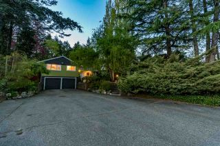 Photo 4: 13671 16 Avenue in Surrey: Crescent Bch Ocean Pk. House for sale (South Surrey White Rock)  : MLS®# R2535923