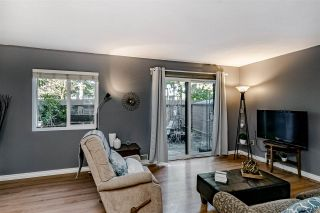 "Photo 1: 76 14129 104 Avenue in Surrey: Whalley Townhouse for sale in ""HAWTHORNE PARK"" (North Surrey)  : MLS®# R2435319"