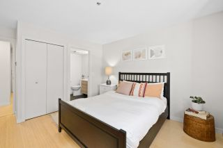 """Photo 11: 202 1515 E 6TH Avenue in Vancouver: Grandview Woodland Condo for sale in """"Woodland Terrace"""" (Vancouver East)  : MLS®# R2571268"""
