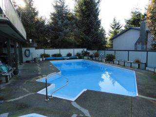 Photo 3: 1689 148TH Street in Surrey: Sunnyside Park Surrey House for sale (South Surrey White Rock)  : MLS®# F1300922