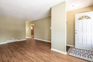 Photo 7: 1424 Rosehill Drive NW in Calgary: Rosemont Semi Detached for sale : MLS®# A1075121