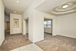 Photo 3: 331 Beaumont Ct in Vista: Residential for sale (92084 - Vista)  : MLS®# 170045073