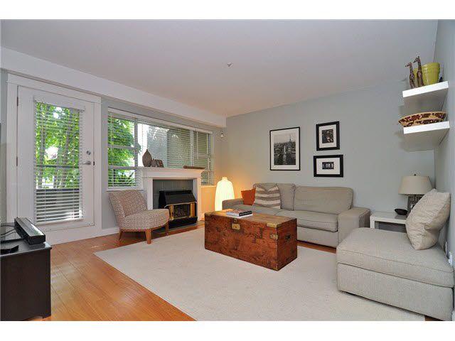 Main Photo: 205 2621 QUEBEC STREET in : Mount Pleasant VE Condo for sale : MLS®# V1077263