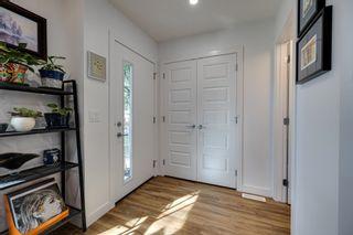 Photo 2: 11505 88 Street in Edmonton: Zone 05 House Half Duplex for sale : MLS®# E4263147